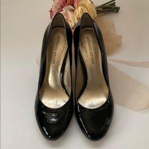 💫Patent leather pumps